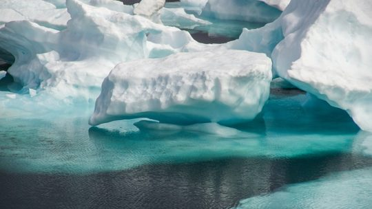 Teoría del Iceberg, un iceberg no nos muestra todo su contenido