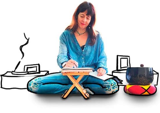 Isabel Cañelles te presenta tu proyecto Escribir y Meditar, junto a su zafú