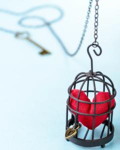 escribir desde el corazón, sacar al corazón de su jaula